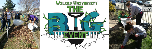 Volunteer with Students at The Big Event